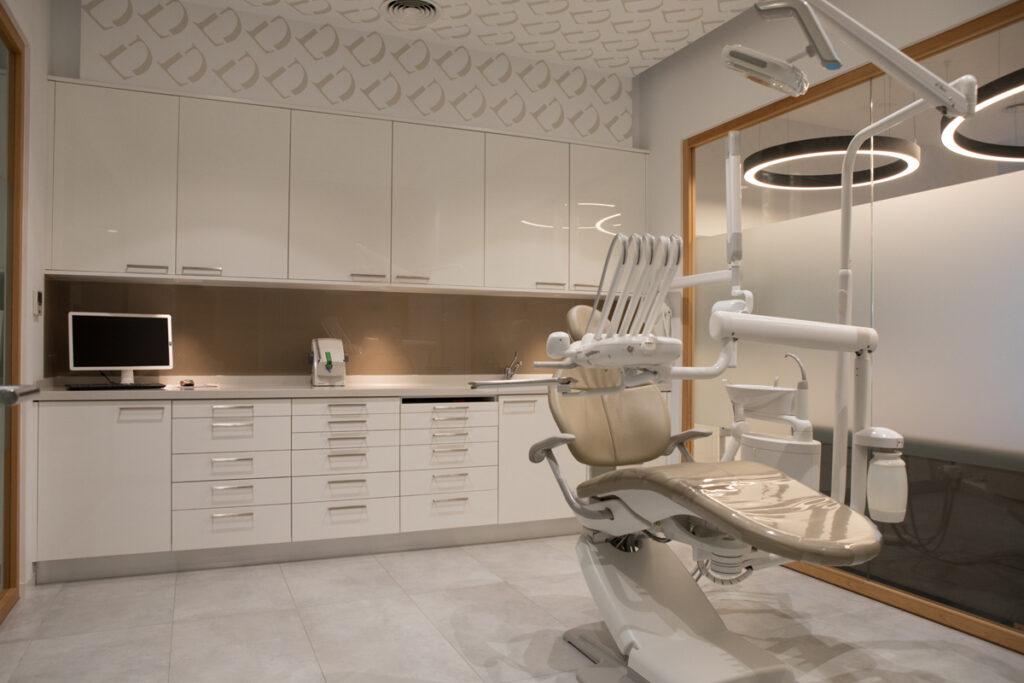 Bilateral Arquitectos - Clínica Dental Otero & Puertas 25
