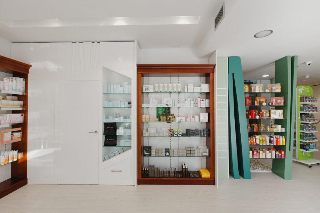 Bilateral Arquitectos - Farmacia San Miguel 08