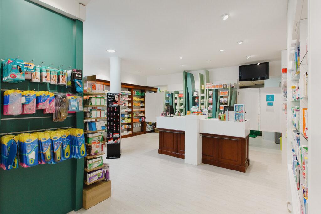 Bilateral Arquitectos - Farmacia San Miguel 06