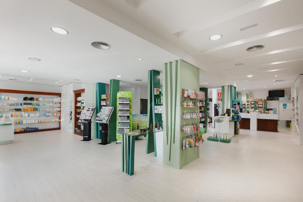 Bilateral Arquitectos - Farmacia San Miguel 05