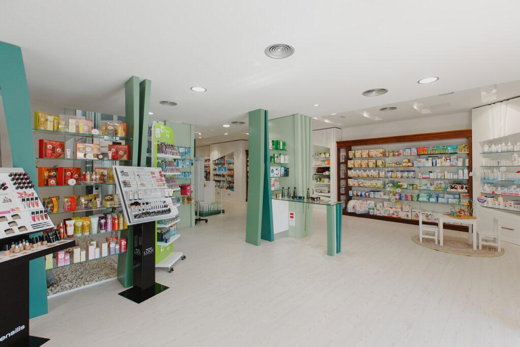 Bilateral Arquitectos - Farmacia San Miguel 02