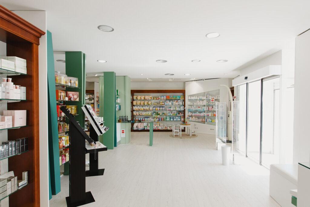 Bilateral Arquitectos - Farmacia San Miguel 01
