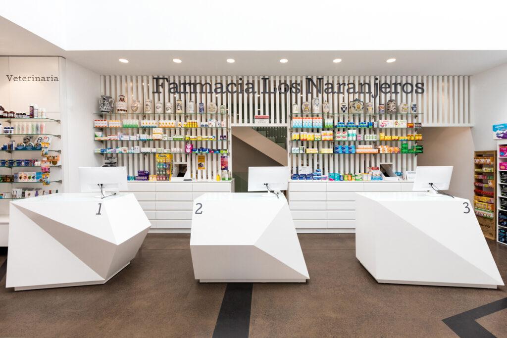 Bilateral Arquitectos - Farmacia Los Naranjeros 01