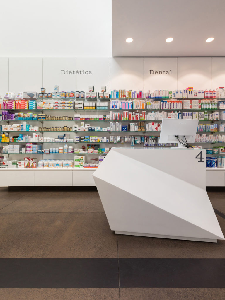 Bilateral Arquitectos - Farmacia Los Naranjeros 07