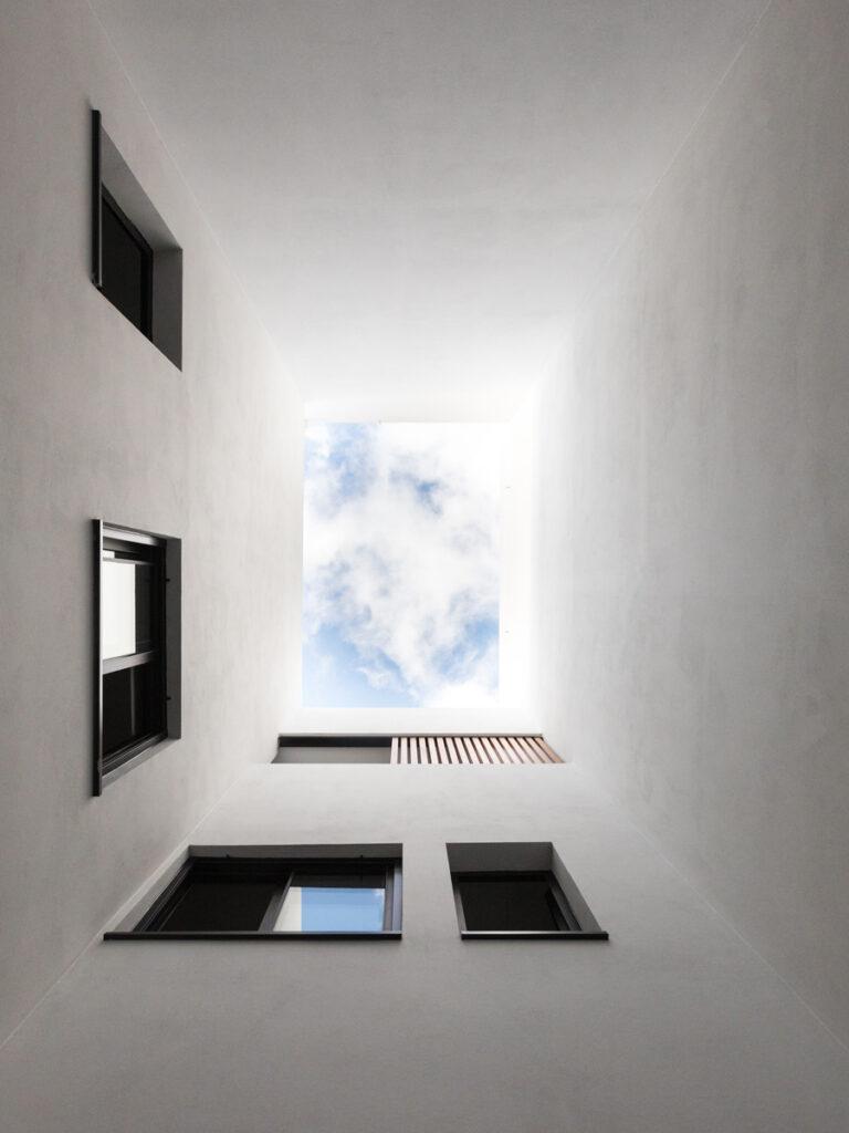 Bilateral Arquitectos - Vivienda José Naveiras 24
