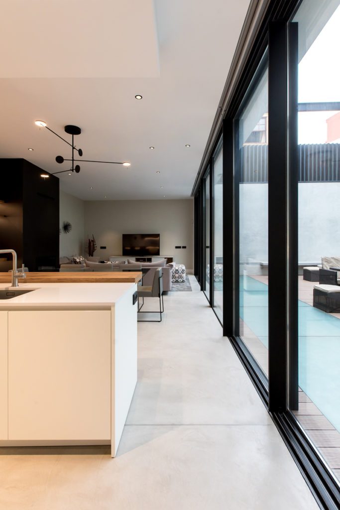 Bilateral Arquitectos - Vivienda O & J.R. 13