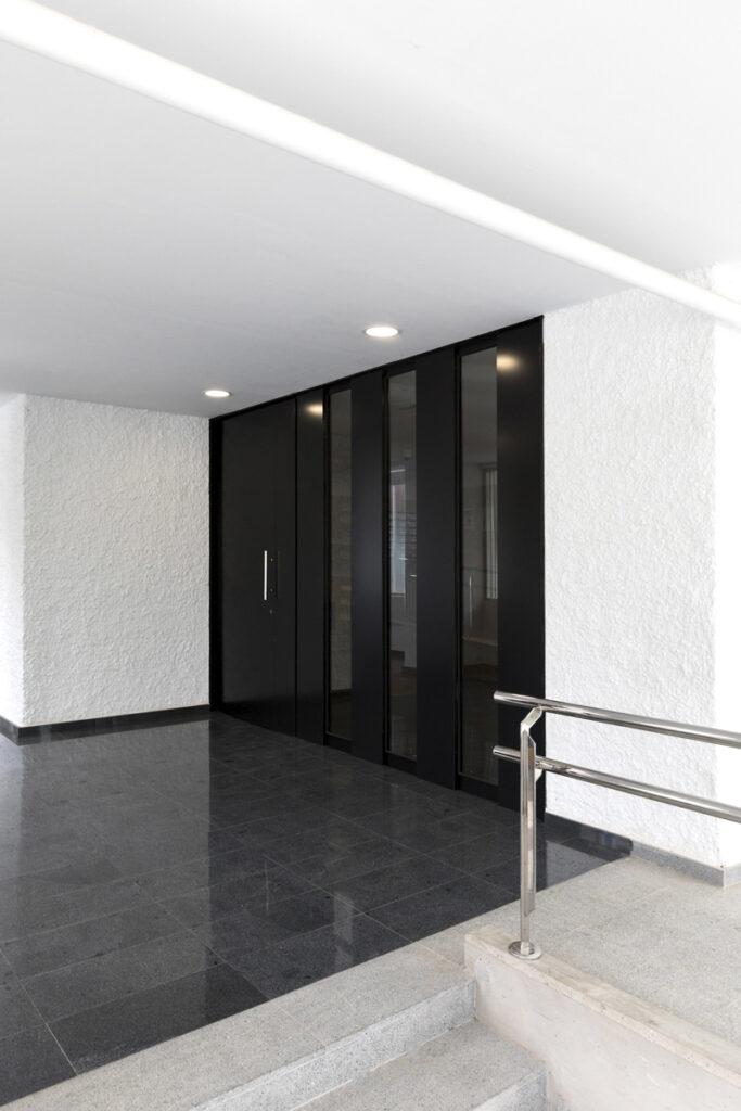 Bilateral Arquitectos - Viviendas Miramar 02