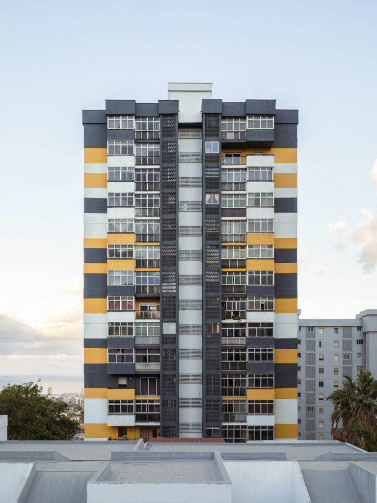 Bilateral Arquitectos - Viviendas Miramar 05
