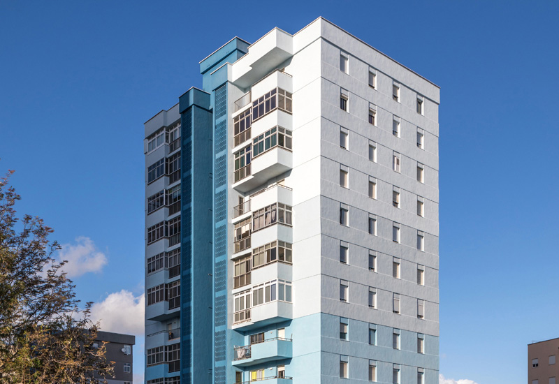 Bilateral Arquitectos - Viviendas Miramar